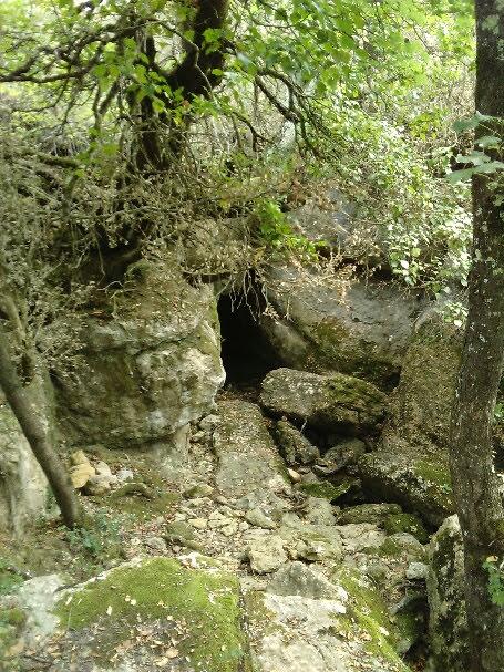Grotte à Bugarach